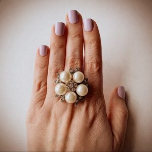 J. Crew Pearl Flower Ring size 8 silver tone